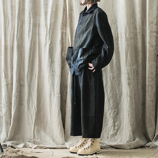 Jacket & Trousers / BIEK VERSTAPPEN Shoes / GUIDI